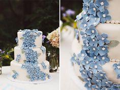 Wedding cakes colorful dusty blue ideas for 2019 Picture Wedding Centerpieces, Blue Centerpieces, Boho Wedding Decorations, Daisy Decorations, Wedding Cake Rustic, Cool Wedding Cakes, Wedding Cake Toppers, Azul Niagara, Gun Wedding