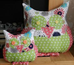 Owls big and small – free pattern to download