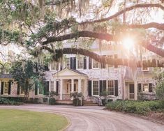64 super Ideas for home decored southern living front doors Future House, My House, Southern Homes, Southern Living, Southern Charm, Southern Mansions, Simply Southern, Plantation, House Goals
