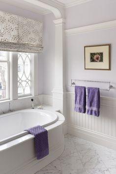BATHROOM – traditional bathroom by MANDARINA STUDIO interior design