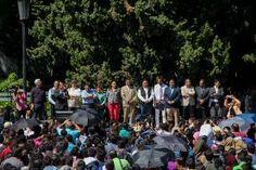 - La comunidad de la UAQ se congrega en la Explanada para rechazar la propuesta de presupuesto de la Presidencia...