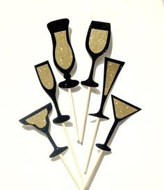 6-Piece Black and Gold Champagne,Wine,Martini and Cocktail Glass Photo Booth Prop Set. Wedding, Hen, Bachelorette, Birthday, New Year Party.