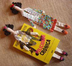 Marcador de livros boneca Frida kahlo (estilo Tilda)    32 cm para inspirar sua leitura