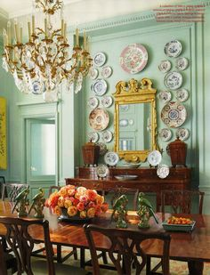 The most perfect mint walls I have ever laid eyes upon (and not a shabby antique sideboard complete with Georgian knife boxes) in this Dallas dining room by Beverly Field as featured in this month's Veranda.