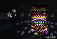 Lantern crochet crochet pattern for free Lampe Crochet, Crochet Lampshade, Fabric Lampshade, Crochet For Kids, Free Crochet, Knit Crochet, Crochet World, Knitting Patterns, Crochet Patterns