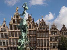 Amberes, la segunda ciudad más grande de #Belgica. Una ciudad europea muy cosmopolita.