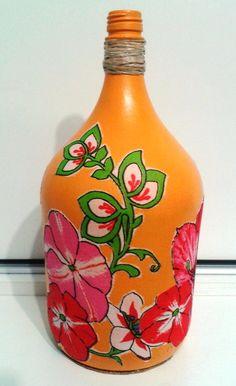 Garrafão de vidro, pintado e decorado com decoupagem Garrafa pintada  Garrafa decorada