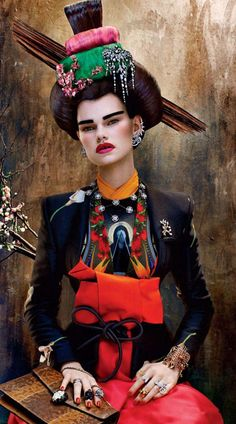 "красивая гейша ""Beautiful Geisha"" Kelly Mittendorf by Sebastian Mader as a Geisha by for Vogue Russia"