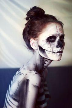 Skeleton make-up