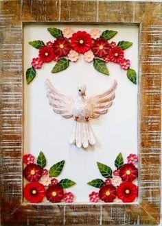 quadro divino espírito santo madeira rústico frete grátis Types Of Folds, Altar, Napkin Folding, Kirigami, Religious Art, Box Art, My Little Pony, Paper Art, Decoupage