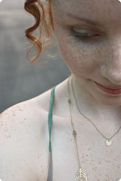 red hair & freckles