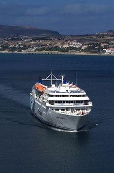 Arriving at Porto Santo - Madeira , Portugal. Find more: http://iloveportosanto.com