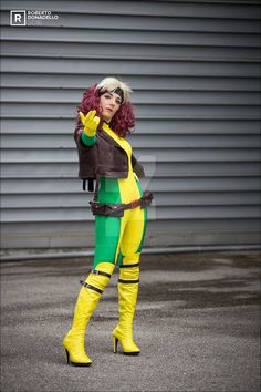 DeviantArt is the world's largest online social community for artists and art enthusiasts, allowing people to connect through the creation and sharing of art. Rogue Cosplay, Xmen Cosplay, Rogue Xmen, Marvel X, Rogues, X Men, Comic Books, Deviantart, Comics