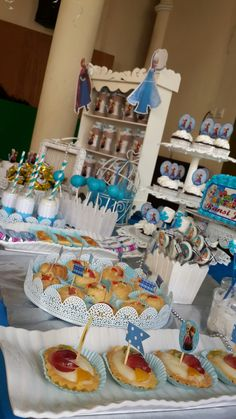 Foto 2/7 Frozen Party (Sweet Corner Themed) #sweetcorner #sweettable #frozenparty #frozensweetcorner #birthdayparty