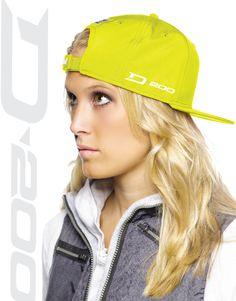 Golf . Women . Female . Citron . Athletic . Style . Wilson Staff . Neon . Make-up . Fashion . Fitness . Sporty . Flat brim . D200