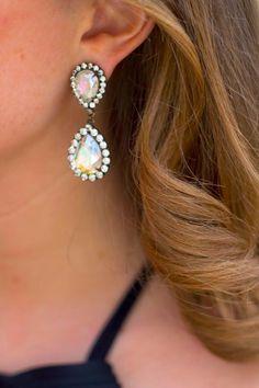 iridescent abba earrings // @jennrog