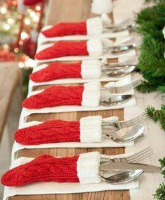 Cute for Christmas dinner Christmas Wedding, Christmas Decor, Holiday Decorations, Christmas Decorations, Ornament Crafts, Christmas Wedding Decorations, Christmas Tables, Natal