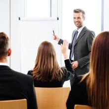 Complete guide for Freshers to crack Human Resource - HR Interview Questions with best Preparation tips. Interactive Presentation, Effective Presentation, Business Presentation, Presentation Skills, Validation Des Acquis, Hypnotherapy Training, Hr Interview, Learn Hypnosis, Formation Continue