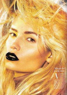 Beautiful strong makeup looks featuring Natasha Poly. In this editorial Natasha Poly is the makeup artist and she creates 6 high impact looks using Bobbi Brown products.