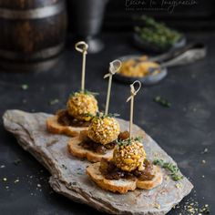 Aperitivos, tapas, pintxos Archives - Página 2 de 7 - Cocina tu imaginación Tapas Recipes, Gourmet Recipes, Appetizer Recipes, Cooking Recipes, Food Displays, Appetisers, Food Plating, I Foods, Food Photography