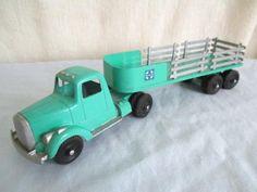 Old TOOTSIETOY Semi STAKE TRUCK *Vintage Diecast Tootsie Toy