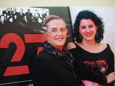 La poetisa malagueña María Victoria Atencia, con la escritora Aurora Luque.