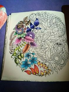 Jardim Secreto --> If you're in the market for the top-rated coloring books… Secret Garden Coloring Book, Coloring Book Art, Colouring Pages, Adult Coloring Pages, Enchanted Forest Book, Enchanted Forest Coloring Book, Johanna Basford Coloring Book, Colored Pencil Techniques, Coloring Tutorial