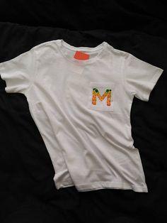 Artículos similares a Camiseta pintada a mano en Etsy ac3f4d44f9d73