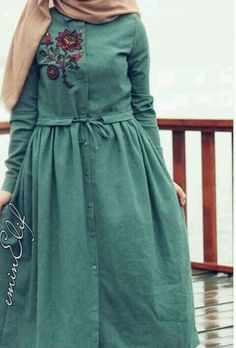 509257cdc9186a1d072b055653a8cbbb.jpg 480×708 pixels Hijab Dress, Muslim Dress, Hijab Outfit, Dress Skirt, Hijab Style, Hijab Chic, Abaya Fashion, Fashion Outfits, Modest Wear