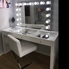 XX LARGE Lustrous Gloss White Glass Top Fantasy Makeup Vanity Table U0026  Attachable XXL Dimming Hollywood Mirror Included