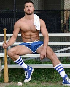 Baseball Guys, Baseball Players, Just Beautiful Men, Hommes Sexy, Athletic Men, Athletic Style, Sport Man, Hairy Men, Muscle Men