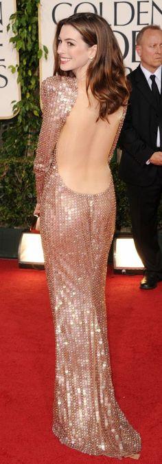 Anne Hathaway Metallic dress designer Armani Prive 2011