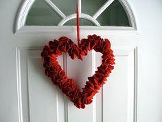 cute valentines wreath