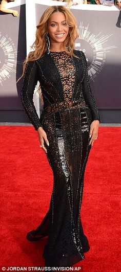 Beyoncé arrives at MTV VMAs and leads the pack with eight nominations #dailymail