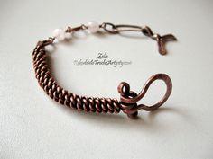 Miedziana bransoletka z różowym kwarcem
