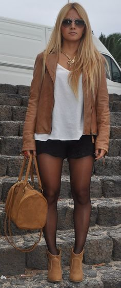Street Style Trend: Brown Outfits for Stylish Divas
