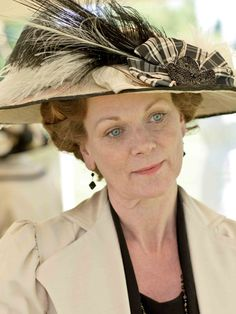 Yes, I am coveting this hat from Edwardian time. Lady Rosamund from Downton Abbey.