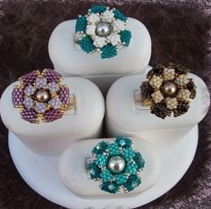 Free Bead Pattern - Violetta Flower featured in Bead-Patterns.com Newsletter