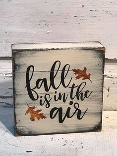 Fall Is In The Air Mini Pallet Shelf Sitter – Primitive crafts Fall Pallet Signs, Fall Wood Signs, Diy Wood Signs, Vinyl Signs, Fall Signs, Primitive Wood Signs, Primitive Fall, Primitive Crafts, Primitive Homes