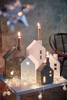 """Hier wohnen der Weihnachtsmann, das Christkind und die Engel. Beleuchtetes Holzhäuschen mit ausgestanztem Stern und Schriftzug """"HAPPY WINTER"""". Auch zum Hängen geeignet. Von innen beleuchtet mit fünf warmweißen LEDs. #Weihnachten #Deko #Living #Impressionenversand"""