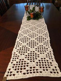 Crochet Table Runner Pattern, Crochet Doily Patterns, Crochet Curtains, Crochet Home Decor, Modern Crochet, Dining Decor, Farmhouse Chic, Bridal Shower Gifts, Filet Crochet