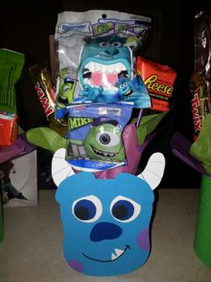 Monster U, Monster Inc. Sulley centerpiece