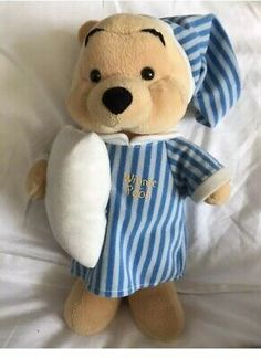 Disney Winnie The Pooh Plush Soft Toy Bear Sleep Pyjamas Nightgown Baby Nursery Winnie The Pooh Plush, Vintage Winnie The Pooh, Disney Winnie The Pooh, Plush Dolls, Doll Toys, Bear Toy, Teddy Bear, Disney Store Toys, Disney Mugs