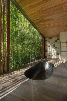 Best Modern House Design, Dream Home Design, My Dream Home, Home Interior Design, Dream Homes, Interior Decorating, Sunken Bathtub, Modern Bathtub, Modern Bathroom Design