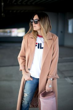 Sandra of black palms fashionblog camel coat asos tibi skagen fila