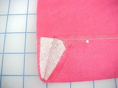 How to Interface a Hem - Threads, Louise Cutting