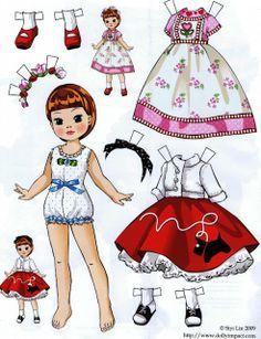 (⑅ ॣ•͈ᴗ•͈ ॣ)♡                                                             ✄Paper Dolls by Siyi Lin