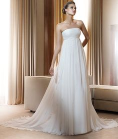 Robe de mariage Ibiza de Pronovias, bustier Empire