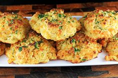 Garlic & Herb Cheddar Bae Biscuits