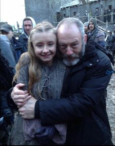 """Kerry Ingram (Shireen Baratheon) and Liam Cunningham (Davos Seaworth) - Game of Thrones Season 5 Episode 9 """"The Dance of Dragons"""" was last episode filmed together. Khal Drogo, George Rr Martin, Winter Is Here, Winter Is Coming, Acteurs Game Of Throne, Jon Snow, Game Of Trone, Liam Cunningham, Game Of Thrones Cast"""